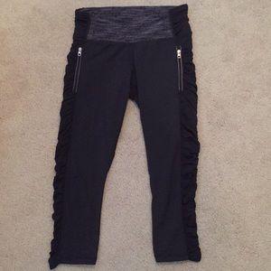 lululemon athletica Pants - {Lululemon} Black Crop Pant